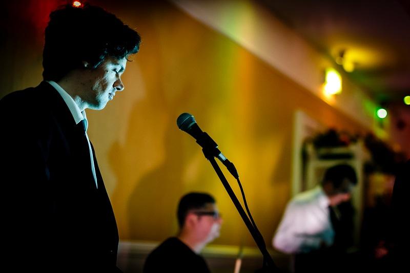 Te Bentley Boys Band feature regualrl atPowerscourt House Hotel